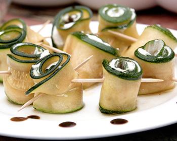 Bild von Zucchiniröllchen