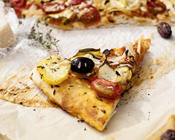 bild von vegetarischer pizza