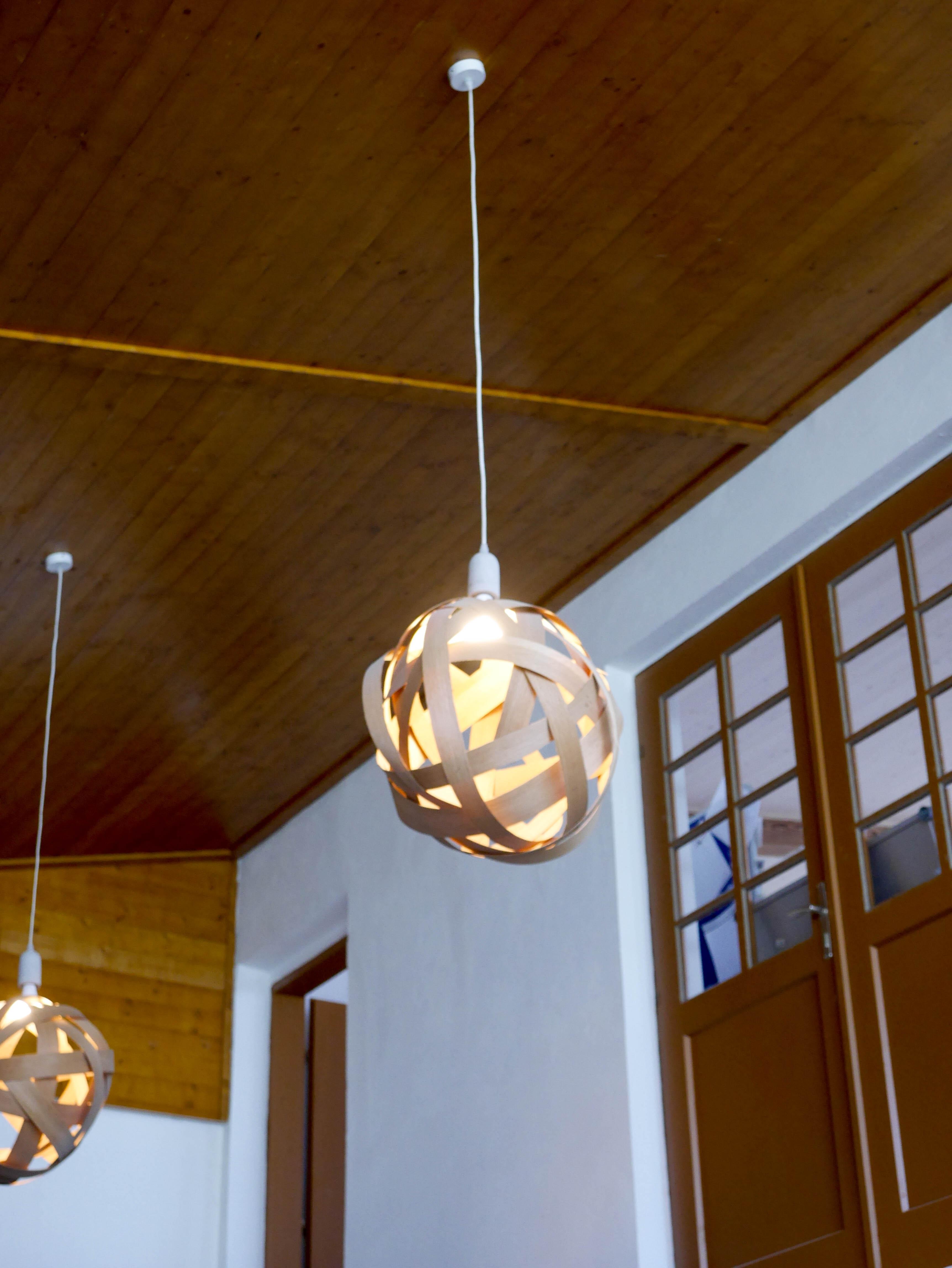 selbstgemachte lampen aus eichen holzfurnier das mundwerk. Black Bedroom Furniture Sets. Home Design Ideas